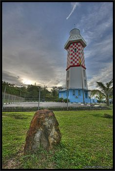 Lumut #lighthouse [2005 - Lumut, Brunei] http://www.flickr.com/photos/disconinjas/3140486671/