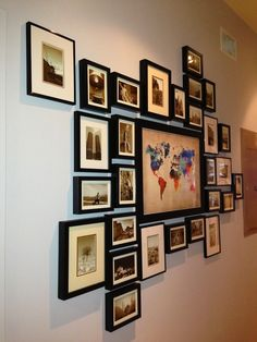 51 Ideas Wall Gallery Travel Photo Displays For 2019 Photo Picture Frames, Photo Wall, Picture On The Wall, Photo Props, Travel Gallery Wall, Photowall Ideas, Travel Wall Decor, Photo Deco, Hanging Pictures