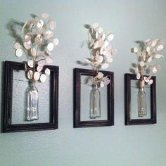 drei kleine vasen an der wand - dekoration idee - Zeit für Kunst – 48 Wanddekoration Ideen