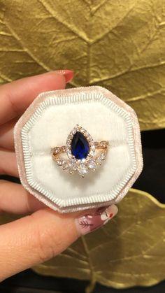 Dream Engagement Rings, Round Diamond Engagement Rings, Diamond Rings, Sapphire Diamond, Halo Diamond, Blue Sapphire, Bridal Ring Sets, Bridal Rings, Unique Rings