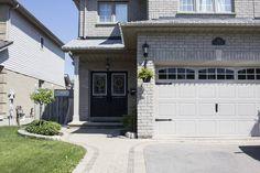 curb appeal 2018 progress Garage Door Paint, Porch Paint, Garage Doors, Painting Trim, House Painting, Diy Painting, Paint Colors For Home, House Colors, Paint Colours