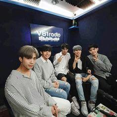 SB19 #SB19 에스비19 Korean Entertainment Companies, Cute Emoji Wallpaper, Pinterest Images, Boy Groups, Fangirl, Entertaining, Pop, My Love, Pictures