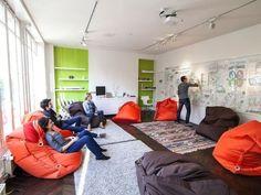 salle de reunion design at DuckDuckGo Creative Office Space, Office Space Design, Small Office, Office Interior Design, Office Interiors, Office Lounge, Office Meeting, Meeting Rooms, Lounge Design