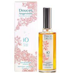 Eau de Parfum iO Ce que je suis Parfum Bio, Fragrance Parfum, Mademoiselle Bio, Green Cleaning, Perfume Bottles, Packaging, Beauty, Unique, Inspiration