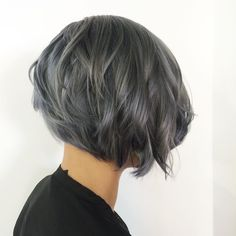 "229 aprecieri, 6 comentarii - SHAG SALON BOSTON (@shagboston) pe Instagram: ""Silver hair by Kelsey @kelseyraecolors #shagboston #bestofboston #silverhair #hair #hairofinstagram…"""