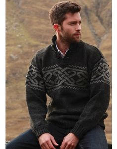 Celtic Troyer Sweater-charcoal