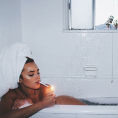 Vintage photoshoot poses boudoir 69 Ideas for 2019 Bath Photography, Photography Women, Portrait Photography, Fashion Photography, Newborn Photography, Pinterest Photography, Photography Tours, Photography Flowers, London Photography