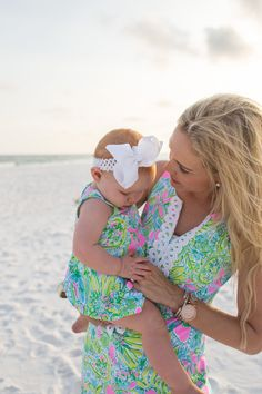 Mommy and daughter beach photos- Olive Gray Photography- Destin Florida