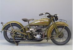 Yesterdays antique motorcycles buying and selling antique motorcycles and related items Harley Davidson Custom Bike, Classic Harley Davidson, Harley Davidson Chopper, Vintage Harley Davidson, Harley Davidson Motorcycles, Vintage Indian Motorcycles, Antique Motorcycles, Vintage Bicycles, Custom Bobber
