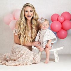 MY BABY IS Happy Birthday to my sweet Posie girl. The most perfect smiley little baby that makes me want to have 10 more babies. Celebrity Baby Pictures, Celebrity Baby Names, Celebrity Babies, Baby Photos, Cole And Savannah, Savannah Rose, Savannah Chat, Baby Sister, Mom Daughter