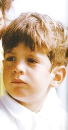 John Fitzgerald Kennedy, Jr. (November 25, 1960 – July 16, 1999) was an American lawyer, journalist, and magazine publisher. He was the son of U.S. President John F. Kennedy and First Lady Jacqueline Bouvier Kennedy, and a nephew of Senators Robert F. Kennedy and Ted Kennedy. He died in a plane crash along with his wife Carolyn Jeanne Bessette and her elder sister Lauren on July 16, 1999 .♡❤❤️