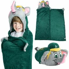 Oakland Athletics Huggable Hooded Blanket - Green