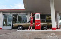"""Aus den Shootings für den """"Girls & legendary US-Cars"""" 2013 Kalender von Carlos Kella. Erhältlich bei www.sway-books.de"""
