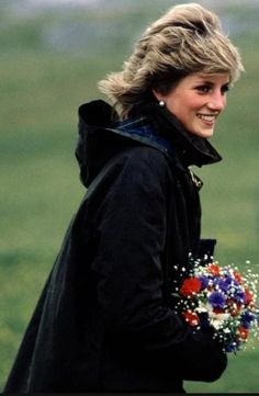 Spencer Family, Lady Diana Spencer, Infp, King Of Hearts, Wearing A Hat, Princesa Diana, Princess Of Wales, Beautiful Person, Amazing People