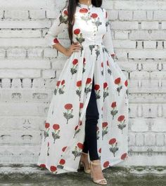 Floral open dress with jeans-Mix and match summer casual wear – Just Trendy Girls Floral offenes Kle Indian Fashion Dresses, Indian Gowns Dresses, Arab Fashion, Dress Indian Style, Indian Designer Outfits, Look Fashion, Indian Outfits, 40s Fashion, Trendy Fashion