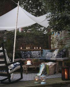 Create a cosy bench area with cushions, throws and lighting - 24 small courtyard garden ideas Small Courtyard Gardens, Small Courtyards, Outdoor Gardens, Outdoor Rooms, Outdoor Living, Outdoor Sheds, Outdoor Benches, Patio Design, Garden Design