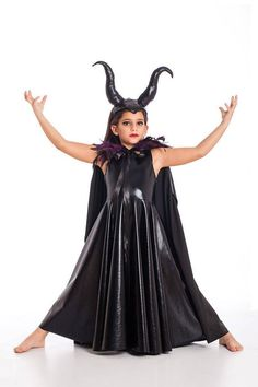 Maleficent Cape, Halloween Costumes, Kids Costumes, Girls H. Childrens Halloween Costumes, Kids Costumes Girls, Toddler Costumes, Halloween Outfits, Girl Costumes, Couple Costumes, Christmas Costumes, Maleficent Costume Girls, Maleficent Horns