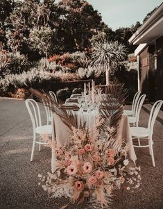 #hobart #wedding #bride #bridal #planning #stylist #bohemian #modern #boho #inspo #vendor #inspo #tasmania Intimate Weddings, Wedding Vendors, How To Plan, How To Make, Wedding Table, Wedding Planning, Table Decorations, Bridal, Feelings