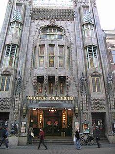 Theater Tuschinski in Amsterdam. 1921 geopend.  Architect Hijman Louis de Jong. Amsterdam School, Jugendstil & Art Deco.