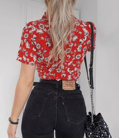 ' 'Black jeans and a nice top.' Foreverrrr me 🙃 - fashioninflux Red Fashion Outfits, Jean Outfits, Casual Outfits, Womens Fashion, Daily Fashion, Fashion Fashion, Pretty Outfits, Cute Outfits, Style Année 90