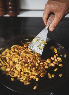 det bästa jag ätit som jag kommer att laga ofta hädan efter - Foodjunkie - Metro Mode Raw Food Recipes, Veggie Recipes, Vegetarian Recipes, Love Food, A Food, Food And Drink, Vegan Meal Prep, Vegan Dinners, Food Blogs