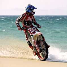 Two of my favorite things, the beach and motocross Enduro Motocross, Motocross Racing, Racing Motorcycles, Mx Bikes, Cool Bikes, Enduro Vintage, Motorcycle Dirt Bike, Dirt Biking, Motorcycle Adventure