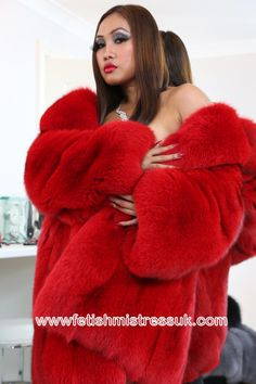 Huge Red Ultra Soft Fox Fur Coat... www.fetishmistressuk.com