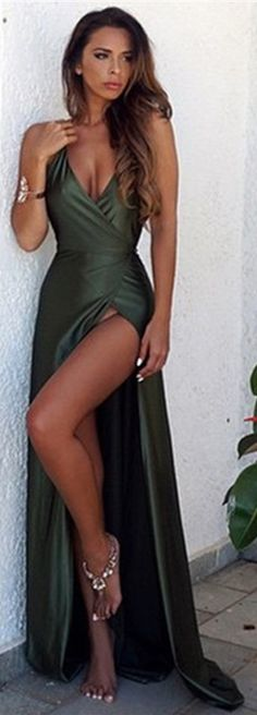 Sexy High Side Slit Clover Party Dresses_Spaghettis Straps Formal Dress
