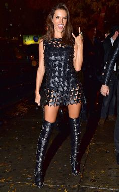 Alessandra Ambrosio from The Big Picture: Today's Hot Pics The Angel rocks out at the Victoria's Secret Fashion Show after-party at Tao Downtown in NYC. Alessandra Ambrosio, Sexy Boots, Cool Boots, Bad Fashion, Womens Fashion, Elite Model, Celebrity Boots, Parisienne Chic, Leder Outfits