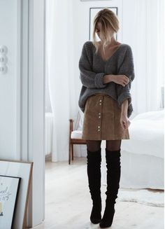 Skirt and another winter outfit for the 2019 skirt and another winter outfit for the overknee boot classic. Combined with a leather skirt in a-li the post skirt and another winter outfit for the 2019 appeared first on sweaters ideas. Winter Outfits For Teen Girls, Casual Winter Outfits, Fall Outfits, Cute Outfits, Winter Fashion Outfits, Look Fashion, Autumn Winter Fashion, Womens Fashion, Fashion Trends