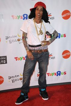 Holly Robinson Pete As Lil Wayne Crazy For Costumes The Best Celebrity Halloween Costumes Zimbio