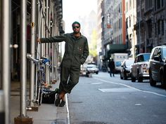 On the street, New Youk  link: http://www.thesartorialist.com/photos/on-the-street-west-20th-st-new-york/