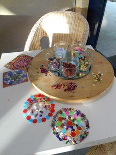 mandala collage on clear contact Yoga For Kids, Art For Kids, Crafts For Kids, Arts And Crafts, Diy Crafts, Kid Yoga, Kindergarten Art, Preschool Art, Reggio Emilia