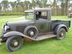 old trucks chevy Chevy Trucks Older, Classic Chevy Trucks, Gm Trucks, Classic Gmc, Classic Cars, Lifted Trucks, Diesel Pickup Trucks, Jeep Pickup, Chevy Stepside