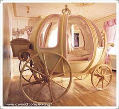 Cinderella Pumpkin Coach (carriage) bed | LUUUX