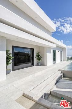 2110 Hercules Dr, Los Angeles, CA 90046 | Zillow Luxury House Plans, Dream House Exterior, Home List, Hercules, My Dream Home, Home Projects, Home And Family, House Design, Building