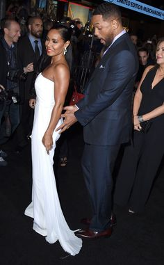 Will Smith Gets Handsy and Grabs Jada Pinkett Smith's Butt on the Red Carpet! See the PDA Pics Jada Pinkett Smith, Will Smith Black Couples Goals, Cute Couples, Couple Goals, Will Smith Actor, Celebrity Couples, Celebrity Style, Will And Jada Smith, Everything Film, Jada Pinkett Smith