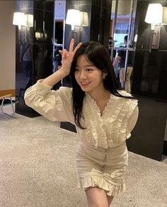 Hyun Soo, Kdrama Actors, High Society, Pent House, Korean Actors, Actors & Actresses, Bodycon Dress, Ruffle Blouse, Shirt Dress