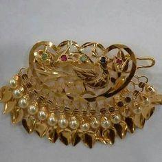Jewel of hairs in Punjabi culture 😘😘 Jewelry Design Earrings, Gold Earrings Designs, Gold Jewellery Design, Gold Jewelry Simple, Stylish Jewelry, Fashion Jewelry, Antique Jewellery Designs, Gold Ring Designs, Bridal Jewelry Vintage