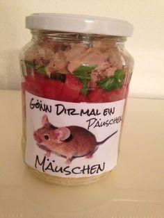 Salat im Glas Tomaten-Mozzarellasalat mit Thunfisch. Meinem Mann mit ins Büro gegeben und für gut befunden :-))
