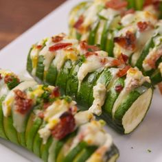 Jalapeno Popper Gefüllte Zucchini Jalapeno Popper Stuffed Zucchini & & Jal The post Jalapeno Popper Stuffed zucchini & Keto Recipes appeared first on Easy dinner recipes . Comida Keto, Cooking Recipes, Healthy Recipes, Cooking Tv, Healthy Pesto, Easy Recipes, Large Zucchini Recipes, Stuffed Zucchini Recipes, Stuffed Zucchini Boats