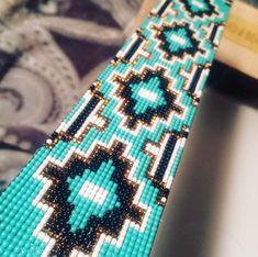 off loom beading techniques Loom Bracelet Patterns, Bead Loom Bracelets, Bead Loom Patterns, Peyote Patterns, Bead Loom Designs, Jewelry Patterns, Native Beading Patterns, Beadwork Designs, Native Beadwork