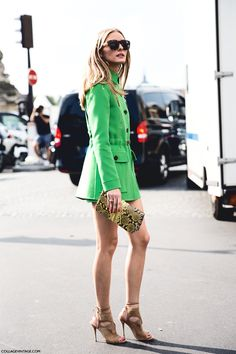 Olivia Palermo wearing a Valentino coat & shorts, Aquazzura suede cut-out sandals & a Nina Ricci bag                                                                                                                                                                                 Más