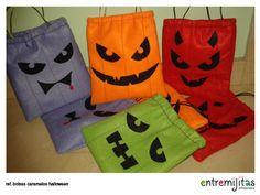 """¡Hola a tod@s!Hoy os dejamos un tutorial para hacer estas bolsas o saquitos de fieltro para Halloween. Una idea muy divertida para decorar fiestas o para que vuestros peques hagan el """"truco o trato"""". Con este paso a paso, esta actividad os resultará m"""