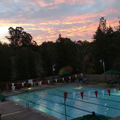 Rise and grind y'all!  30min:1000m swim followed by the Executive Workout (steam room spa and sauna 20min each). Done and ready for the day!  #ActivatedAthlete #RunningOnReefer #CannabisKeepsMeActive #ActiveFitness #ScottsValley #CannaPreneur #NewDad #ExecutiveWorkout #TrailRunning #Training #Swim #RiseAndGrind