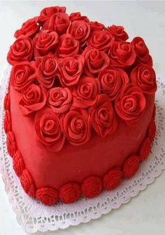 Red Velvet Cake Recipe via http://www.cakengifts.in/red-velvet-cake