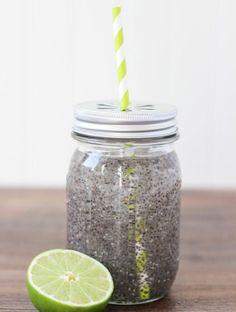 Idees de recettes d'eaux detox - Water detox chia ! #Eau #Detox #Boisson