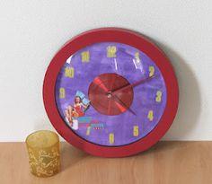 Horloge PinUp  More on my blog : http://lesreasdemma.blogspot.fr/