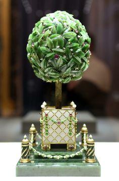 Oficjalna ceremonia otwarcia Muzeum Faberge w odnowionym Pałacu Szuwałowa. (Petersburg, Rosja)