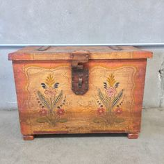 """Coronado blanket chest with floral motifs on crackle-painted finish. 22""""x 31.5"""" x 16.5"""". Coronado was the primary competitor of Monterey and it's finest examples are of equal quality."""